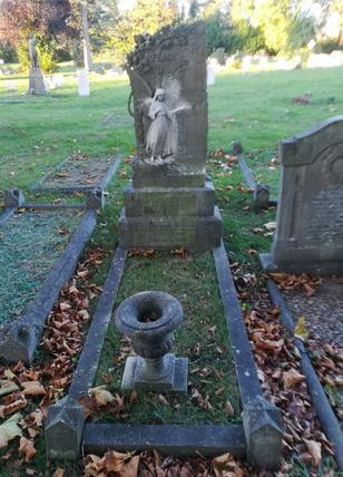 grave tending